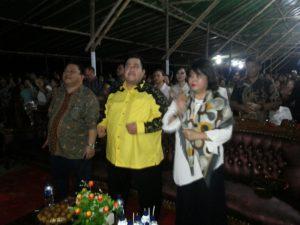 Gilbert Lumoindong bersama istri tercinta