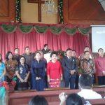 Ibadah Natal Dihadiri Gubernur dan Bupati, Dijaga Umat Muslim