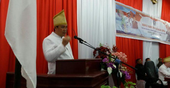 Wagub Sulut Steven Kandouw saat memberikan sambutan didepan Rapat Paripurna Istimewa DPRD Sangihe.