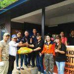 Peduli Korban Bencana Banjir Bitung, Keluarga Besar KBPP-Polri Serahkan Bantuan