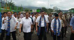 Menko Kemaritiman Luhut Panjaitan saat mengadakan kunjungan ke Kota Bitung.
