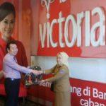 Bank Victoria Bantu Anak Sekolah