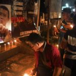 Aksi Gerakan 1000 Lilin Dukung Ahok Di Minut