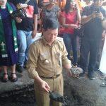 Letakkan Batu Pertama, Walikota GSVL Awali Pembangunan Pasar Pinasungkulan