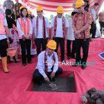 Menristekdikti Lakukan Ground Breaking Pembangunan Gedung 7 in 1 Unsrat