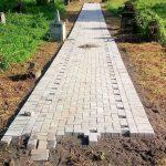 Dandes Tahun 2017, Desa Tumaluntung bangun Jalan Pekuburan