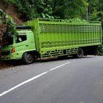 Pengguna Jalan Keluhkan Dump Truck Expedisi