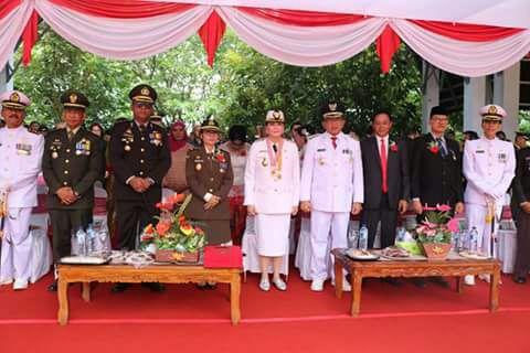 Bupati Minut Vonnie Panambunan dan Wakil Bupati bersama Unsur Forkopimda Kabupaten Minut.