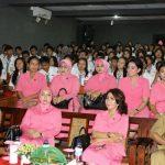 Pimpin 'Polwan Goes To School' Ibu Kapolda Sulut Beri Penyuluhan di Sekolah
