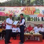 Dinilai Berhasil Dalam Program Tangguh Becana, Walikota Manado Terima Penghargaan PMI