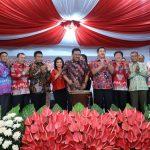 Pemukulan Tambur Tandai pembukaan Pameran Pembangunan Kayuwatu