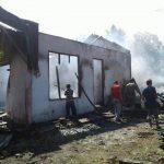 Ditinggal Penghuni, Rumah Di Taloarane Ludes Dilalap Api