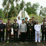 Jelang HUT TNI Ke-72, Gaghana Tabur Bunga Di TMP Santiago