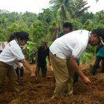 Ajak Maksimalkan Lahan Tidur Megahagho Bertani Di Hesang