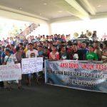 Minta Perhatian, Ratusan Sopir Angkot Manado 'Serbu' Kantor Gubernur Sulut