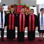 Wabup Joppi Lengkong dan Istri Diteguhkan Sebagai Penatua