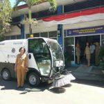 Wujudkan Manado Bersih, DLH Manado datangkan Mobil Rod Sweeper