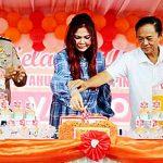 Berbagi Kasih di Perayaan 2 Tahun Kepemimpinan, Bupati VAP Bagikan Beras