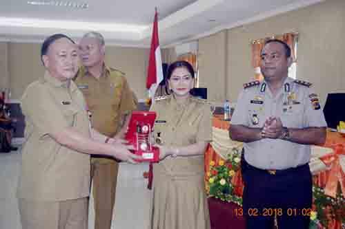 Penghargaan dari Menteri Hukum dan HAM untuk Kabupaten Minut.