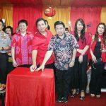 Wakili Walikota Vicky Lumentut, Wawali Mor Hadiri Pisah Tahun Imlek di Klenteng Ban Hin Kiong