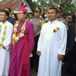 Polres Minsel Kawal Kunjungan Uskup Manado ke Wilayah Mitra