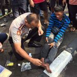 Jadi Teladan, Kapolresta Manado Rawat Korban Kecelakaan