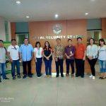 KPU Minahasa Berkunjung Ke Perusahan Percetakan Logistic Pilkada