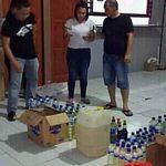 Ratusan Botol Miras Berbagai Merk Diamankan Satres Narkoba Polres Minsel