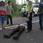 Takut Kena Tilang, Warga Nekat Tabrak Polisi