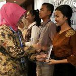 Membanggakan, Remaja Putri Sulut Ini Juara 2 Pidato Kependudukan se-Indonesia