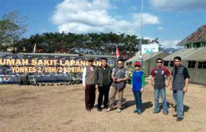 Tim Kesehatan RSUP Prof Kandou yang bertugas di Lombok Utara.(Foto: Hanna Monareh for SulutAktual.com)