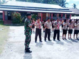 Upacara pembukaan kegiatan kepramukaan di  SMA Negeri 1 Kabaruan.