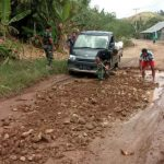 Meski Tak Masuk Sasaran, Satgas TMMD Tetap Benahi Kerusakan Infrastruktur