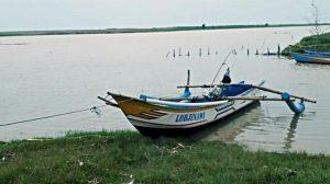 ilustrasi-perahu-nelayan-perahu-yang-digunakan-3-nelayan-asal-tanggulangin-kebumen